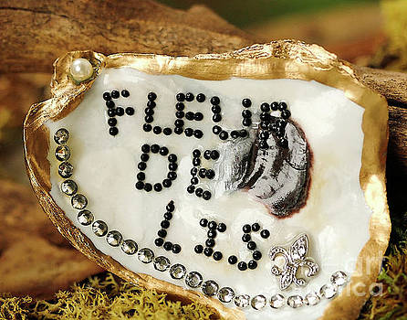 Fleur de Lis Oyster Art Photo by Luana K Perez