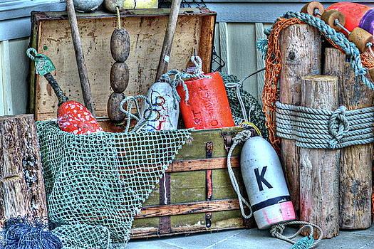 Float the Boat. by Lynette McNees