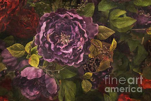 Floral greeting card by Lynn Jackson