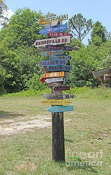 Florida Crossroads 3 by Dodie Ulery