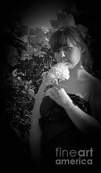 Flower 2 by Tara Lynn