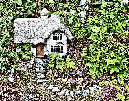 Flower Garden Cottage by Smilin Eyes  Treasures