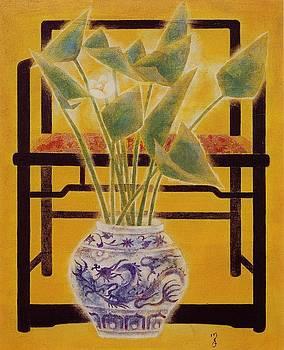 Flowers in vase by Minxiao Liu