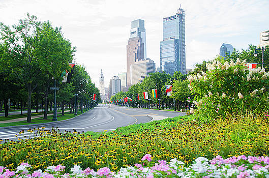 Flowers on the Parkway - Cityhall by Bill Cannon