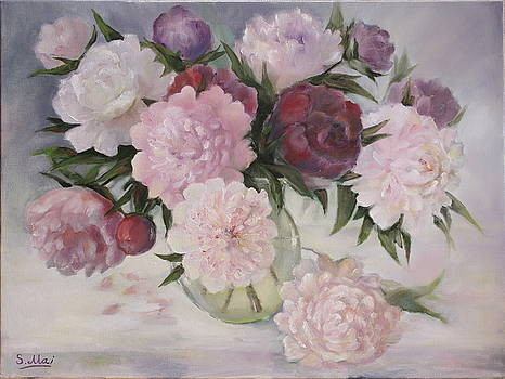 Flowers peonies in vase by Svetlana Maisheva