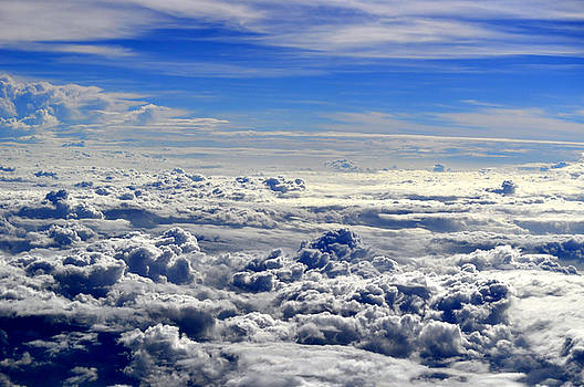 Bliss Of Art - flowing clouds