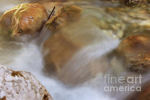 Flowing Water.. by LHJB Photography