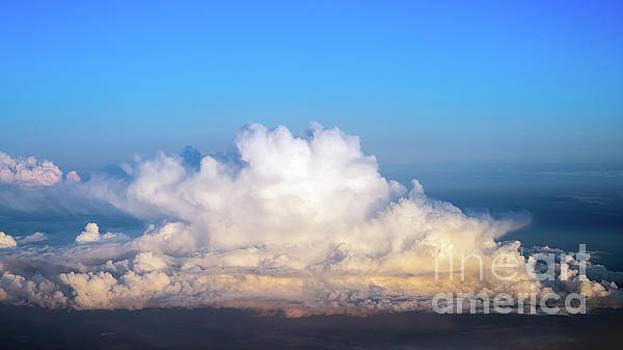 Vyacheslav Isaev - Fluffy cloud