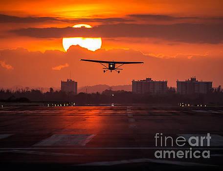 Flying Sunset by Felix Bahamonde