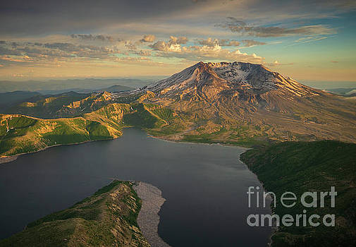 Flying to Mount St Helens Over Spirit Lake by Mike Reid