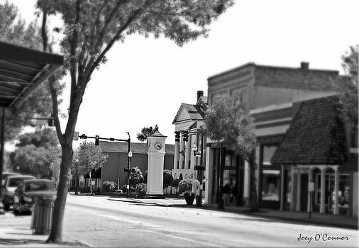 Focus in Time Downtown Conway South Carolina by Joey OConnor
