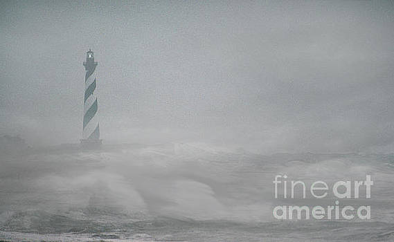 Skip Willits - FOG AND GALE ON CAPE HATTERAS