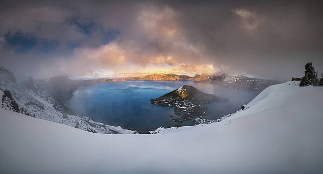 Foggy Crater Lake by William Freebilly photography