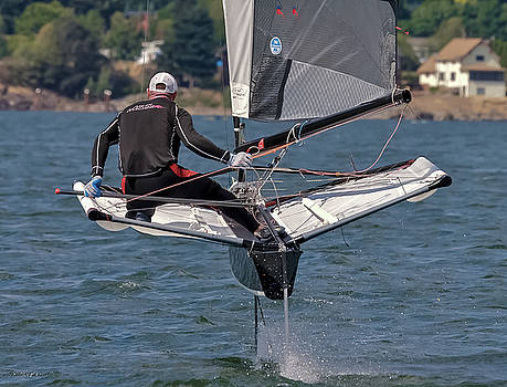 Steven Lapkin - Foiling the Gorge
