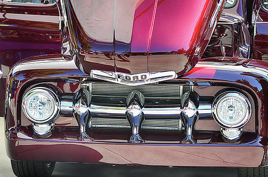 Ford Detail by Bill Dutting
