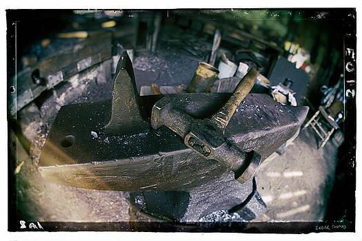 Edser Thomas - Forge 1