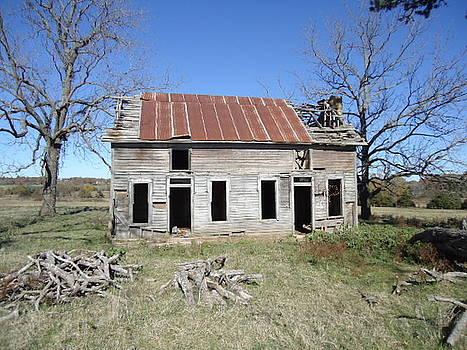 Forgotten Home by Allison Jones