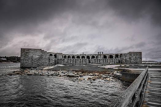 Fort Popham by Guy Whiteley