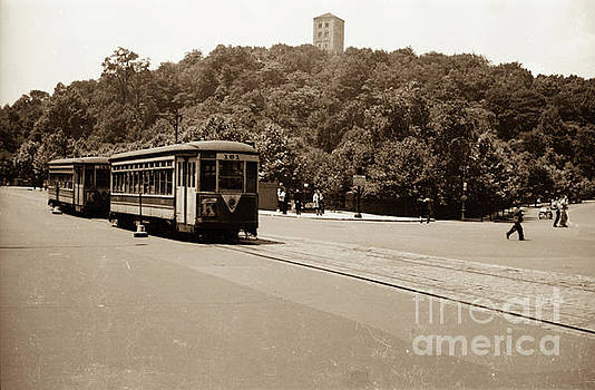 Fort Tryon Trolley by Cole Thompson