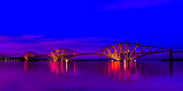 Forth Rail Bridge by Tylie Duff