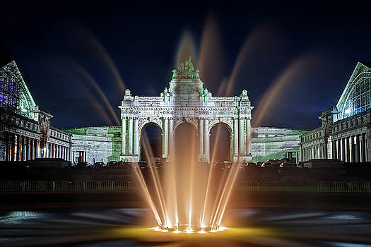 Fountain in Parc du Cinquantenaire - Brussels by Barry O Carroll
