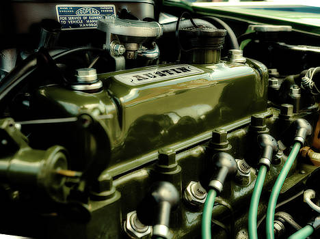 Four Cylinder by Nick Bywater
