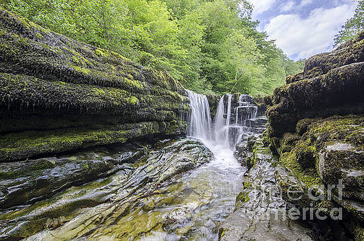 Four falls walk waterfall 1 by Steev Stamford