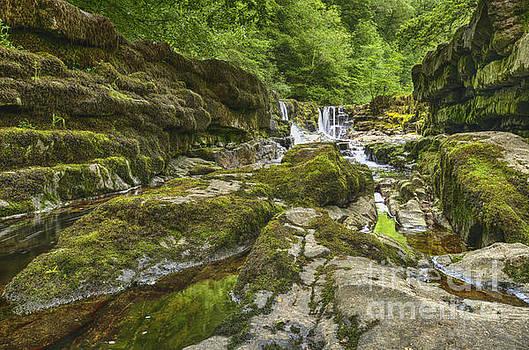 Four falls walk waterfall 3 by Steev Stamford