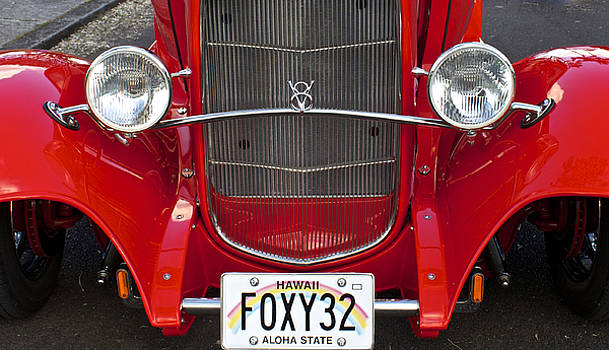 Venetia Featherstone-Witty - Foxy 1932 Red Ford Vintage Car