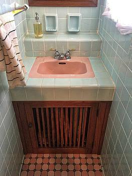 Frank Lloyd Wright Bathroom by George Strohl