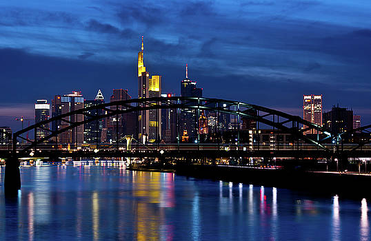 Frankfurt City Skyline by Udo Mallmann