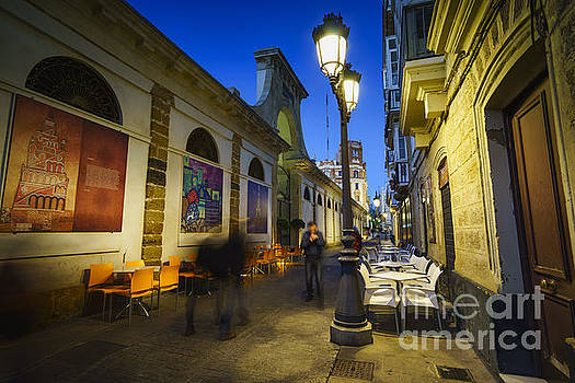 Freedom Street and Central Market Cadiz Spain by Pablo Avanzini
