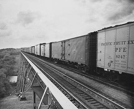 Chicago and North Western Historical Society - Freight Train Crosses High Bridge - 1959