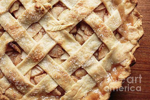 Edward Fielding - Fresh baked apple pie