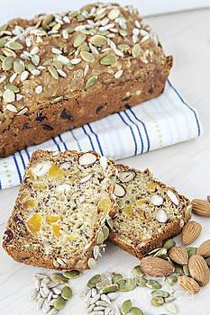 Sophie McAulay - Fresh organic bread