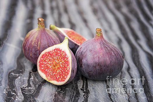 Sophie McAulay - Fresh ripe figs