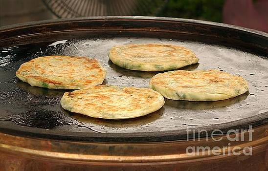Fried Onion Patties by Yali Shi