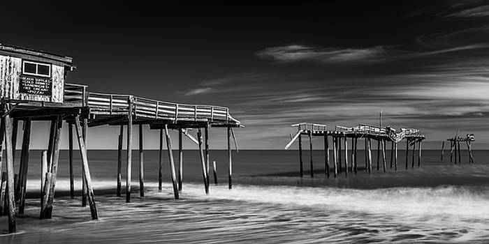 Ranjay Mitra - Frisco Fishing Pier in Black and White Panorama