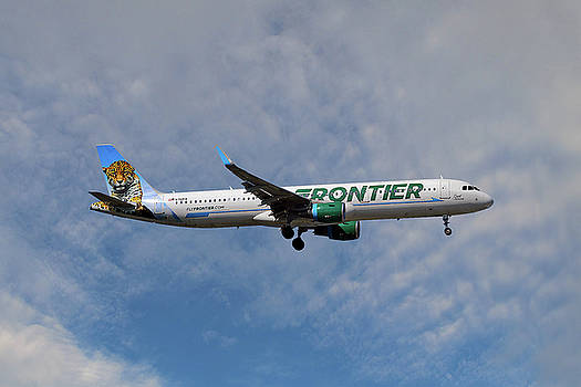 Frontier Airbus A321-211 by Nichola Denny