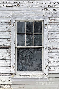 Edward Fielding - Frosted Window on an Old House