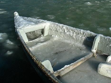 Juergen Roth - Frozen Cape Ann Boat
