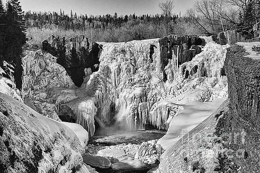 Frozen High Falls by CJ Benson