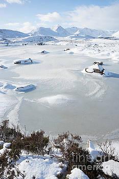 Howard Kennedy - Frozen Loch Ba