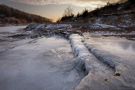 Frozen by Scott Bean