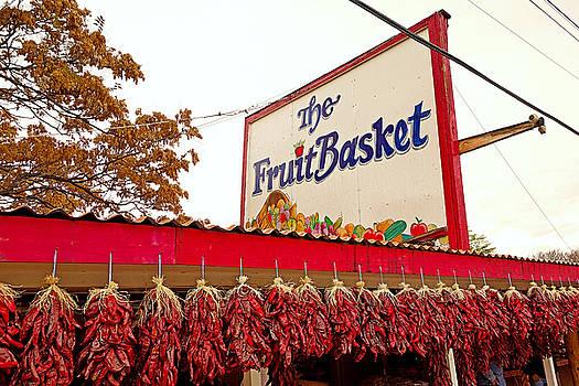 Robert Meyers-Lussier - Fruit Basket Stand