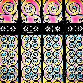 Lisa Arbitrary - Fuchsia Gate