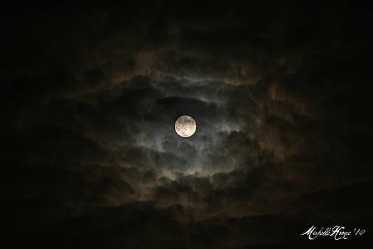 Full Moon 2 by Michelle Koonce