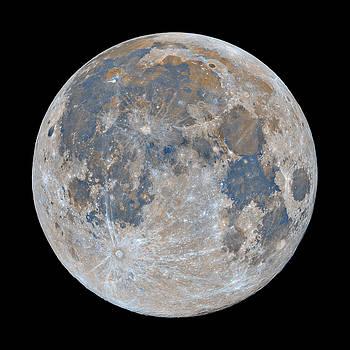 Full Moon / Day 15 by Bartosz Wojczynski