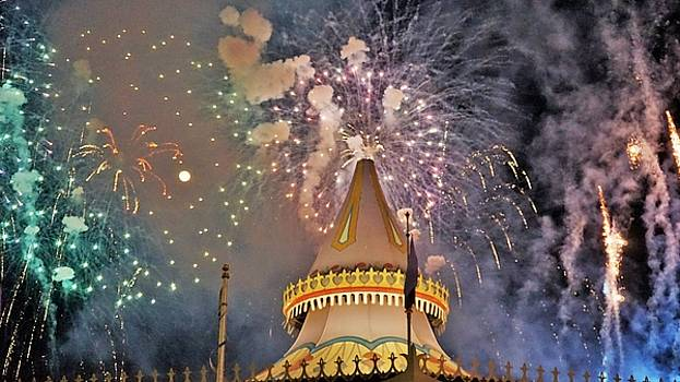 Full Moon Fireworks by Barkley Simpson