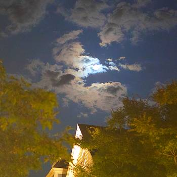 Full Moon by Jim Madigan